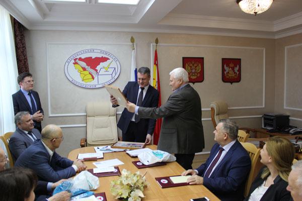 Сергей Канищев уклонился от встречи с журналистами по итогам выборов президента