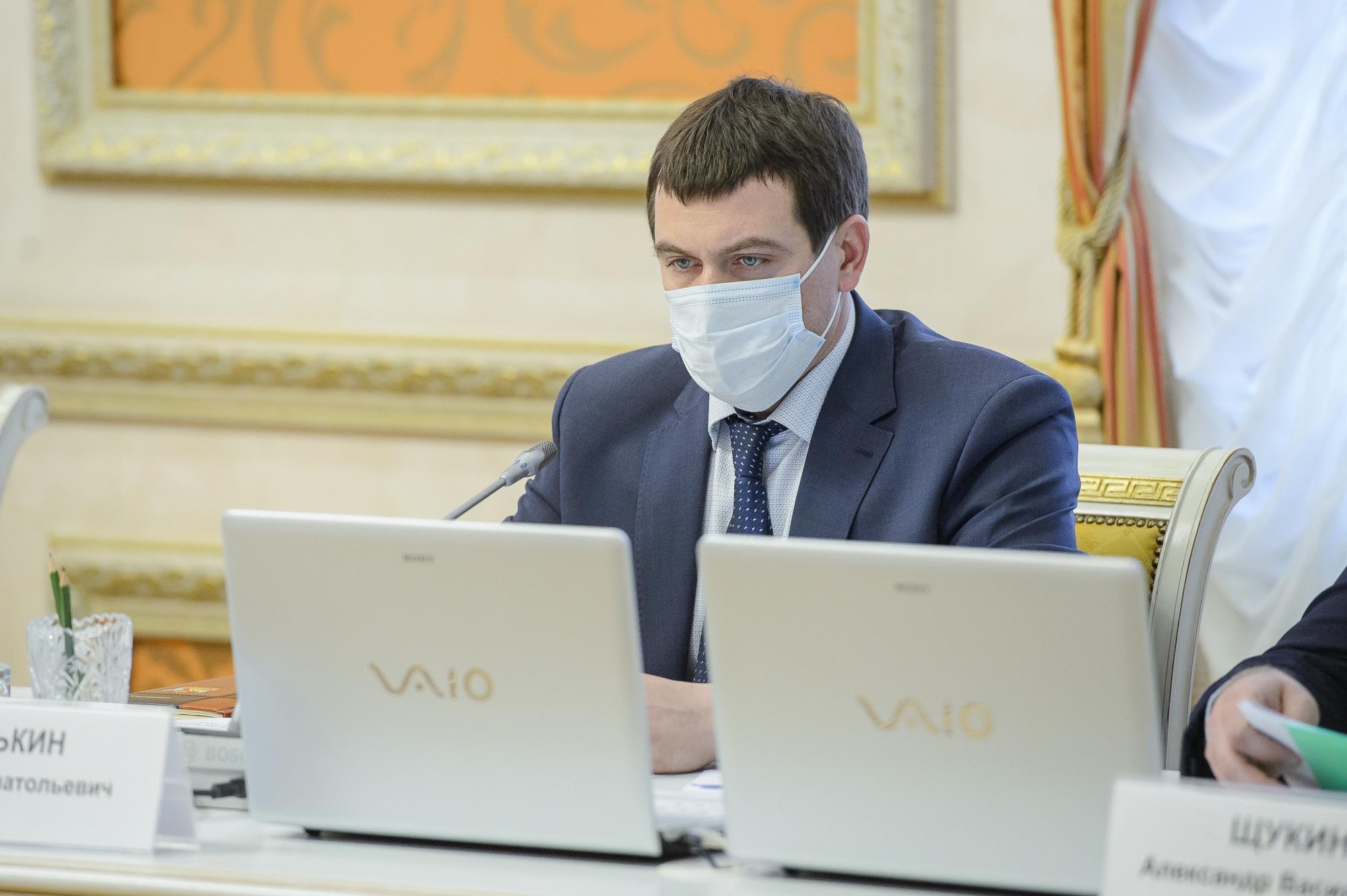 Максим Оськин выступил со смешным докладом